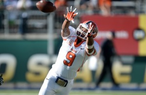 UTEP WR Jordan Leslie has graduated from UTEP and is looking to transfer for his Senior season. Will BYU be his destination? | Ron Chenoy-USA TODAY Sports